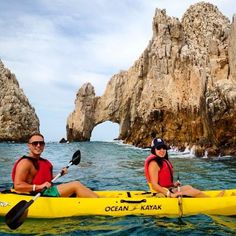 CabosNews: Kayaking to The Arch 🌊😎🏊 by joiseyjudy Ocean Kayak, Cabo San Lucas Mexico, Kayaking, Arch, Tours, Italy, Twitter, Arches, Wedding Arches