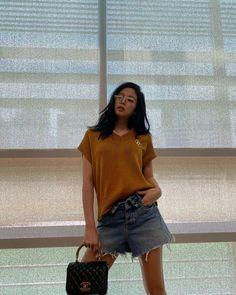 Kim Jennie, South Korean Girls, Korean Girl Groups, Kim Jisoo, Blackpink Photos, Pictures, Blackpink Fashion, Fashion Outfits, Facon