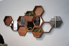 Think Fabricate's Wall-Nuts are a really fun concept. You can artfully arrange the different hexagons on the wall, according to whatever modules you want: shelving, mirrors, planters, etc. Geometric Shelves, Hexagon Shelves, Niche Design, Wall Design, Carillons Diy, Diy Crafts, Diy Projects For Couples, Neutral Colors, Vibrant Colors