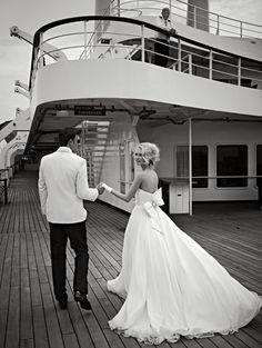 cruise wedding. love.