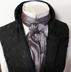 regency cravat in grey silk
