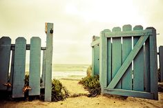Gate: Pathway to the beach