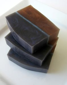 Sea Air Sandalwood Soap - love the color combo, very masculine.