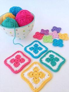 Fleur Motif - cute free pattern ༺✿ƬⱤღ  http://www.pinterest.com/teretegui/✿༻