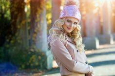 Winter Wear, Winter Hats, Faux Fur Vests, Mittens, Aurora Sleeping Beauty, Canada, Disney Princess, Disney Characters, How To Wear
