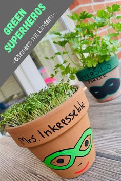 Kraut, Planter Pots, Blog, Green Superhero, Superheroes, Mint, Craft Tutorials, Upcycled Crafts, Plant Pots