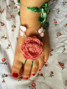 PDF Pattern Pink Rose and Butterfly Barefoot Sandals PDF Pattern