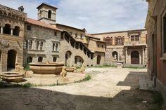 Film and Photo Shoot Renaissance City Backlot: Palatial Square & Fountain