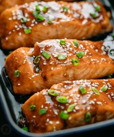 salmon recipes This teriyaki salmon recipe is a winner! Simple ingredients and no lengthy marinating needed. A flaky, juicy and delicious teriyaki glazed salmon recipe. Fish Dishes, Seafood Dishes, Seafood Recipes, Cooking Recipes, Healthy Recipes, Main Dishes, Teriyaki Glazed Salmon, Salmon Marinade, Grilled Teriyaki Salmon
