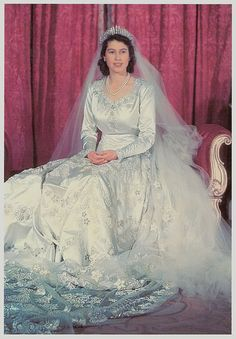 When H.M. Queen Elizabeth, then Princess Elizabeth, married Prince Philip she wore the Fringe Tiara. It was created in 1919 using diamonds that had been part of a tiara/necklace given by Queen Victoria to Queen Mary on the occasion of her marriage in 1893. Queen Mary gave it to the Queen Mother when she ascended the throne in 1937.