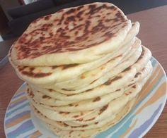 """Νόστιμη συνταγή μαγειρικής από """"Rania Mantopoulou-ΟΙ ΧΡΥΣΟΧΕΡΕΣ / ΗΔΕΣ"""" Υλικά 200 γρ.χλιαρο γάλα 100 γρ λιωμένο βούτυρο 1 κουταλιά της σούπας ζάχαρη 1 φακελάκι ξηρή μαγιά 400γρ. Αλεύρι για όλες τις χρήσεις 1 κουταλάκι του γλυκού αλάτι Μια τσιμπία ρίγανη ΕΚΤΕΛΕΣΗ Ανακατεύουμε Pastry Cake, Pancakes, Breakfast, Ethnic Recipes, Food, Master Chef, Breads, Recipes, Morning Coffee"""
