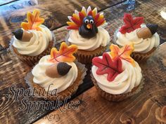 Fondant Fall Leaves and Acorn Dessert Toppers. Perfect for cupcakes, cakes an even a pie!!!
