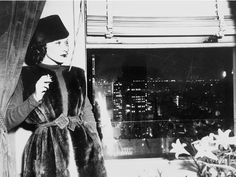 Usa.New York, Marlene Dietrich In His Suite At The Waldorf Astoria. January 4Th 1937