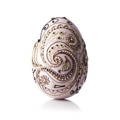Paisley Easter Egg - San Francisco Chocolate Centerpieces, Chocolate Decorations, Easter Chocolate, Chocolate Box, Chocolate Showpiece, Make Your Own Chocolate, Easter Egg Designs, Handmade Chocolates, Cute Desserts