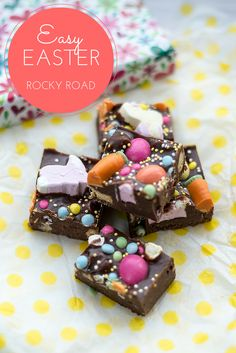 A simple project to make with kids Easy Easter Rocky Road (no bake, fridge cake) (Chocolate Party Rocky Road) Easter Recipes, Holiday Recipes, Easter Desserts, Fridge Cake, Easter Treats, Easter Food, Easter Dishes, Easter Party, Bon Dessert