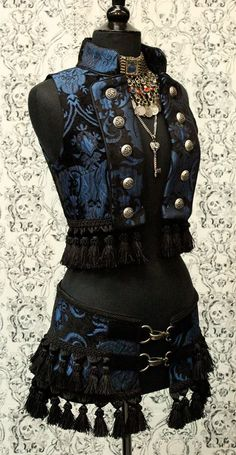 *TOREADOR VEST - BLUE/BLACK TAPESTRY