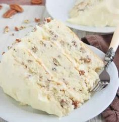 Ingredients : cups butter, softened, divided 2 teaspoons baking powder cups chopped pecans 2 teaspoons vanilla extract 3 cups all-purpose flour teaspoon salt 2 cups sugar 1 cup milk 4 eggs Frosting 8 to cups confectioners' sugar 1 can ounces) evaporated Butter Pecan Cake, Pecan Praline Cake, Peanut Butter, Susan Recipe, Toasted Pecans, New Cake, Cupcake Cakes, Cupcakes, Sweets