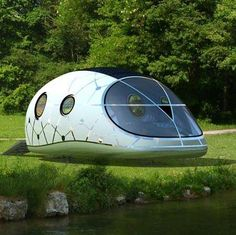 Mini Mobile Living Campers - The Lehman B Supertramp Explores a New Kind of Street Life (GALLERY)