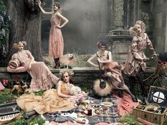 "Vogue Magazine - September, 2007 ""Paris, Je t'aime"" Unpublished Editorial by Steven Meisel with Coco Rocha, Agyness Deyn, Sasha Pivovarova, Guinevere van Seenus, Caroline Trentini & Gemma Ward"
