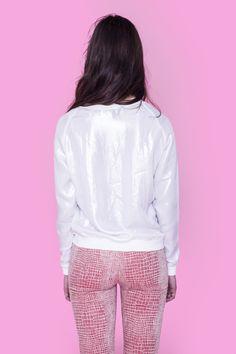 Bluse med metallisk shine,fra Danske POPcph. Bluse - Metallic Bluse, Pris: 180 ,-  http://frejafashion.dk/products/metallic-bluse