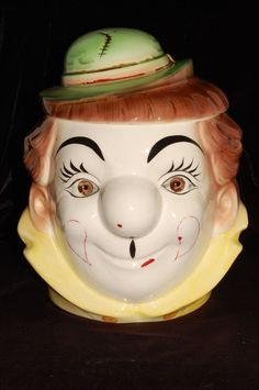 Vintage cookie jar CLOWN head circus hat by PY Japan