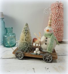 Christmas Decoration // Snowman // Folk Art // Vintage Style Christmas // Reindeer //  Bottle Brush Tree //