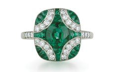 7 Emerald Engagement Rings - The Knot Blog this is the ONE
