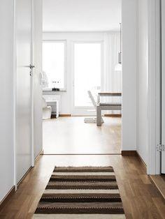 The Essence Of Nordic Interior Décor In A Beautiful Swedish Apartment #scandinavianinterior #homedecor