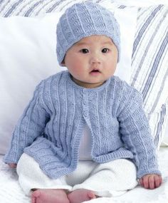 A Different Idea For Your Baby: Free Baby Knitting Patterns free baby knitting patterns free-baby-cardigan-and-hat-knitting-pattern ktksyuh Knitting For Kids, Double Knitting, Free Knitting, Cardigan Bebe, Baby Boy Cardigan, Brown Cardigan, Jumper Knitting Pattern, Cardigan Pattern, Pull Bebe