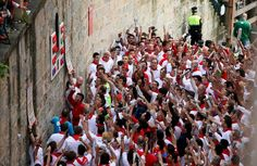 Las mejores imágenes del primer encierro de San Fermín 2012