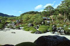 Yuichi Azuma via Google + Adachi Museum Of Art, Amazing Gardens, Japanese Art, Golf Courses, Google, Water, Outdoor, Japan Art, Gripe Water