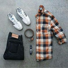 Outfit grid - Checked shirt and jeans