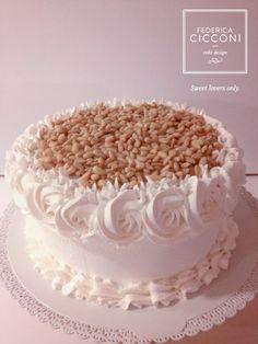 L'intramontabile fascino della pasticceria tradizionale... Traditional Cake #Fcakes