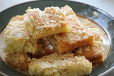 German butter cake is a very easy German cake recipe that is ideal if you need to bake a cake fast. Original and authentic German recipe. Happy Baking!