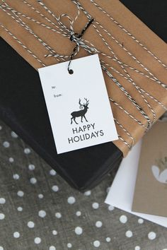 Deer Holiday Tag Set of 6. Make your gifts extra-special.