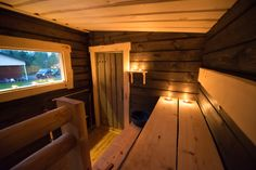 Sauna Shower, Sauna Ideas, Saunas, Cabins In The Woods, Home And Living, Tiny House, Spa, New Homes, Construction