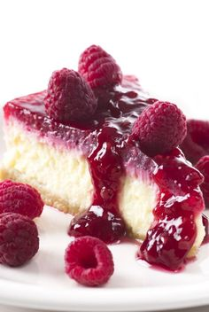 A Sweet and delicious recipe for raspberry lush cheesecake. This is a family favorite dessert that everyone will love. Raspberry Lush Cheesecake Recipe from Grandmothers Kitchen. Köstliche Desserts, Delicious Desserts, Dessert Recipes, Yummy Food, Raspberry Cheesecake, Cheesecake Recipes, Sweet Recipes, Baking Recipes, Cupcake Cakes