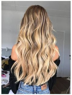 10 Instant Ways To Grow Your Hair Faster Trendfrisuren Bob, How To Grow Your Hair Faster, Growing Your Hair Out, Dying Your Hair, How To Make, Ball Hairstyles, Formal Hairstyles, Summer Hairstyles, Wedding Hairstyles, Pelo Formal