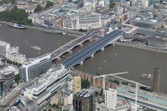 Blackfriars solar bridge Beautiful Renewable Energy – Worlds Largest Solar Power Bridge Now Online