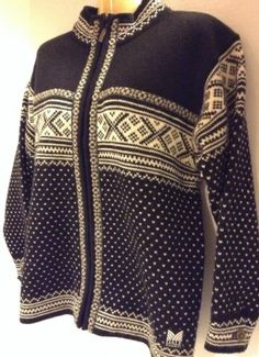 Dale of Norway Womens Front Zip Sweater Jacket Wool Black and White Size Small Zip Sweater, Sweater Jacket, Dale Norway, Norwegian Knitting, Fair Isle Knitting, Socks, Black And White, Wool, Amazon