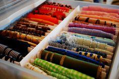 Listones de todos los colores #fiebredemateriales #costura #Singer #listones