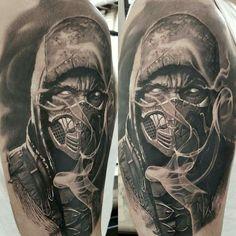 Realistic black and gray tattoo idea of Scorpion from Mortal Kombat, done by artist John Maxx Dope Tattoos, Body Art Tattoos, Tattoos For Guys, Tatoos, Hannya Maske Tattoo, Mortal Kombat Tattoo, Skull Sleeve Tattoos, Muster Tattoos, Tattoo Spirit