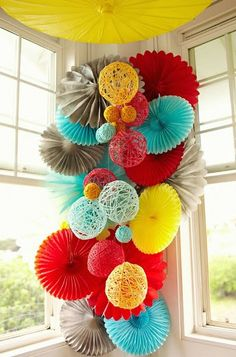 Great Color scheme for an elementary classroom - Fun, bright colors but can be muted when needed. How they are hanging but instead of those thick twine balls we can use our tissue paper pom poms Paper Pom Poms, Tissue Paper, Tissue Poms, Tissue Flowers, Paper Crafts, Diy Crafts, Decor Crafts, Diy Paper, Festa Party