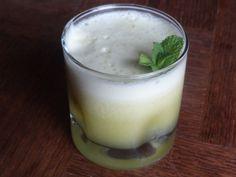 Jus ananas-menthe (délicieux et bon pour la santé)