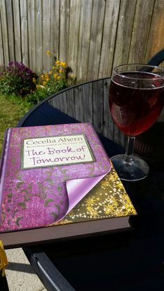 Chilling in the garden with some fizzy and a good book, this is what bank holidays are made for x