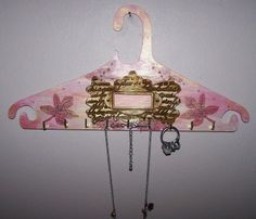 Use stenciling techniques and a resin embellishment for this jewelry hanger idea. It can also be a nice gift for a special family member. Jewelry Hanger, Mothers Day Crafts, Stenciling, Wooden Jewelry, Painting Techniques, Homemade Gifts, Painting On Wood, Embellishments, Best Gifts