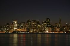 Spectacular Russian Hill Pied-À-Terre - San Francisco, California Alta California, California Republic, Northern California, Seattle Skyline, New York Skyline, Central Pacific Railroad, San Francisco At Night, Abandoned Ships