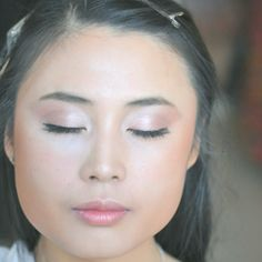 Chinese Bride Makeup | Makeup Trends Chinese Bride, Glass Skin, Professional Makeup Artist, Bride Makeup, Makeup Forever, Skin Makeup, Korean Beauty, Makeup Trends