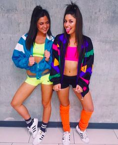 School just started, and Halloween is on your mind. Keep things spooky and sexy with these 15 hottest Halloween costume ideas for college girls. Halloween Outfits, Teenage Halloween Costumes, 80s Party Outfits, Best Friend Halloween Costumes, Costumes For Women, College Costumes, Halloween College, Halloween Halloween, 80s Outfit