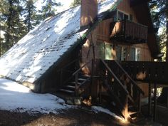 Mammoth Mountain Chalets. Sleeps 4-12 guests! Awesome for families and big groups gatherings in the mountains!